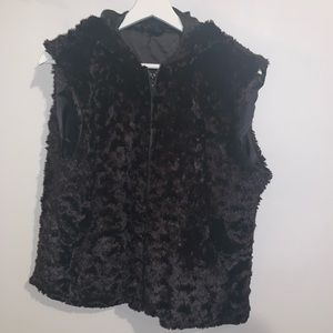 Cejon XL Black Faux Fur Vest